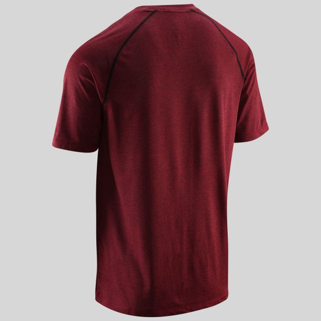 Deckard Mens Round Neck Active T-shirt in Red